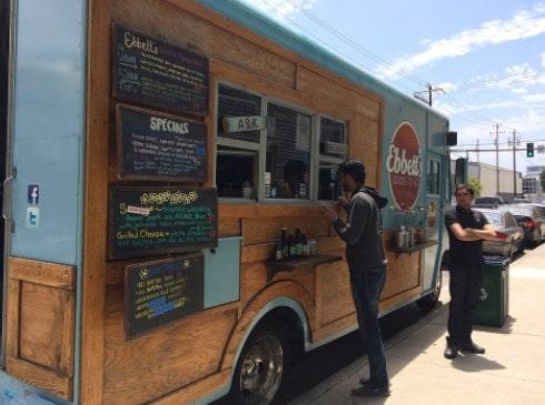 konsep bisnis food truck
