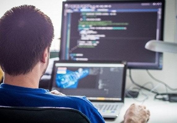 pekerjaan online yang menghasilkan uang dengan jadi programmer online