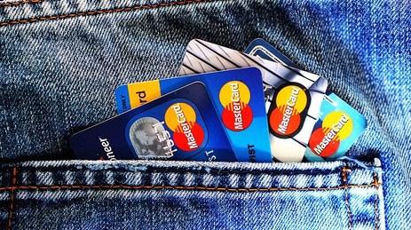 fitur penting kartu debit bca